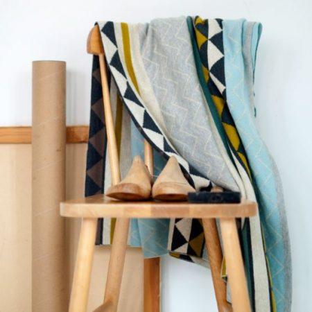 Weiche Vintage Decke Vilma von Funky Doirs in warmer Baumwolle