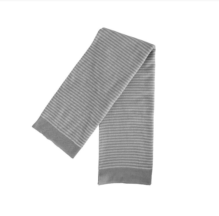 Der klassische Streifenlook von Design Max ist auch in Grau zu haben!