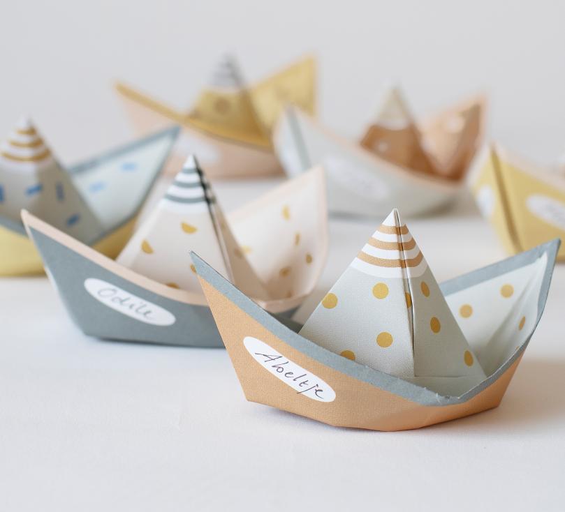 Papierboot Segel