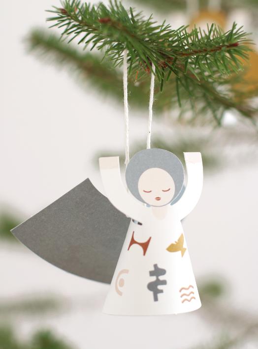 Engel Fridur als Weihnachtsschmuck