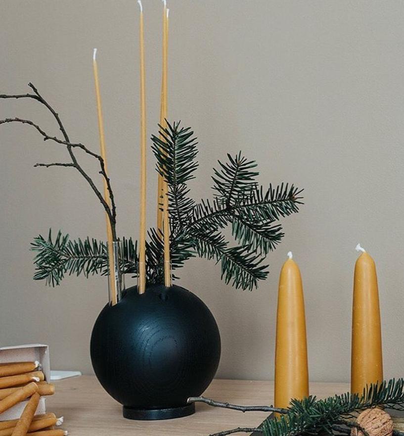 Holzvase weihnachtliche dekotiert